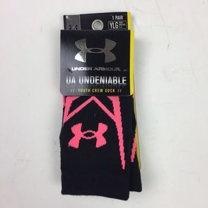 Under Armour Crew Socks Girls Size 1-4 Black Pink